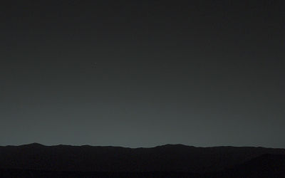 mars-rover-curiosity-earth-photo-unannotated_opt